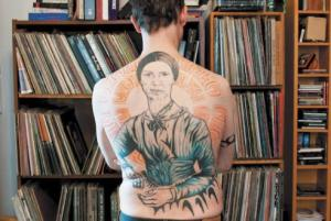 emily d tatoo w books