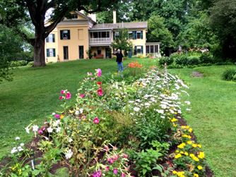 dickinson garden small